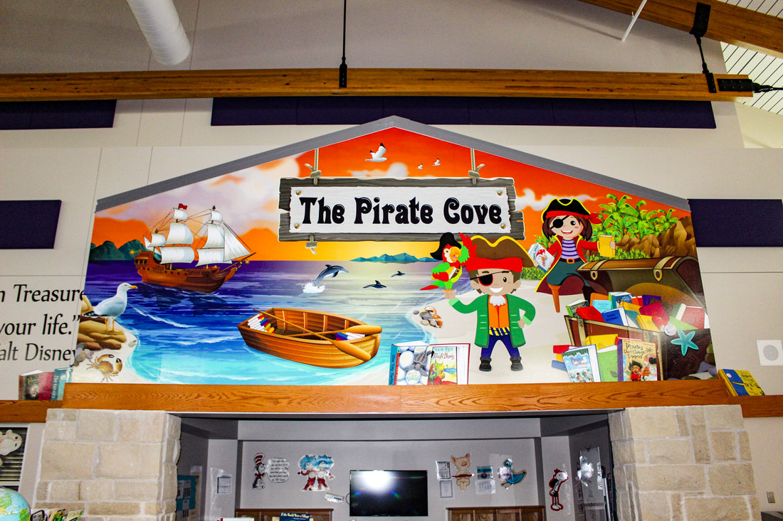 Pomona-Pirates-Library-Mural